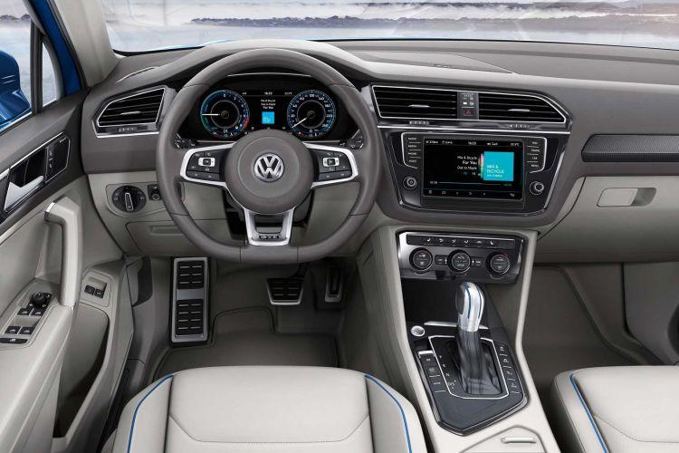 Volkswagen_Tiguan_GTE_concept_502